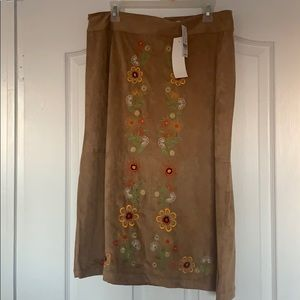 Super soft A line NWT skirt